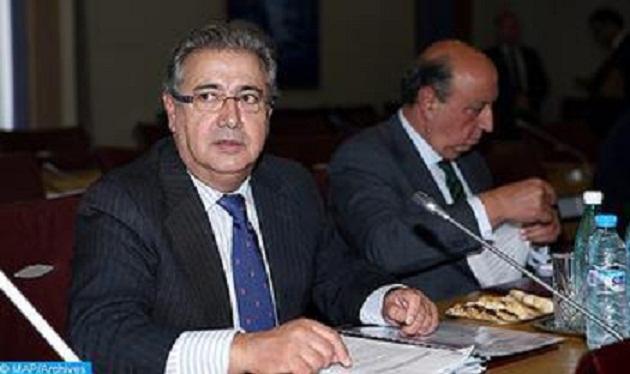 El ministro espa ol del interior valora la estrecha for Ministro del interior espanol