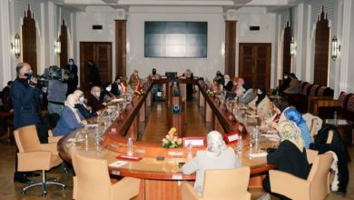 Photo de Parlamentarias marroquíes y libias examinan en Rabat la cuestión de la mujer
